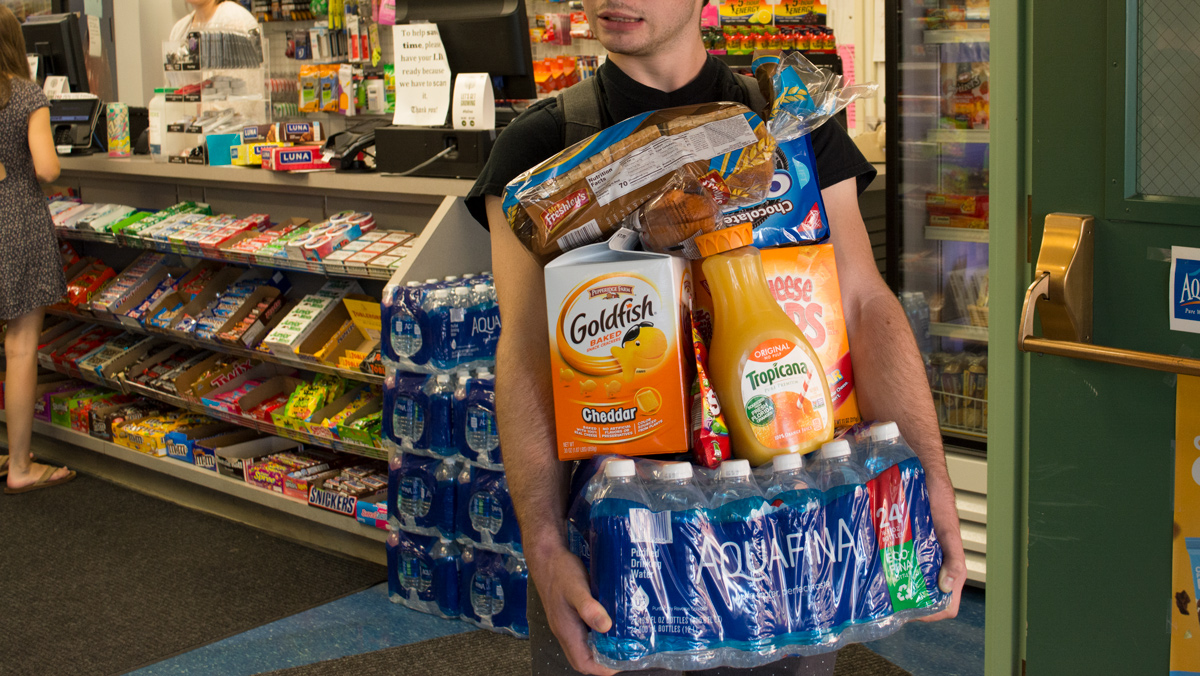 Campus store stops offering disposable bags to customers